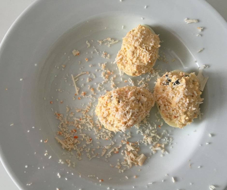 Huevos rellenos de cangrejo, fáciles no, facilísimos